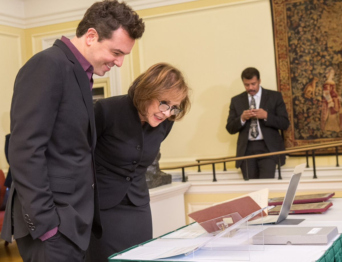 Seth MacFarlane and Ann Druyan Look at Carl Sagan Archives