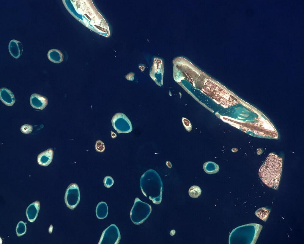 Rick Mastracchio: Brilliant Blue Maldives