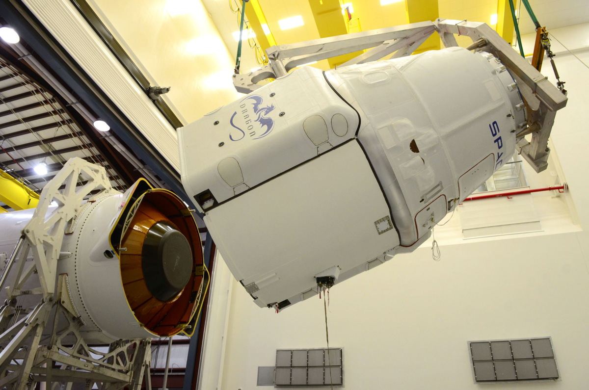 SpaceX Delays Dragon Cargo Launch to Space Station Until March 30