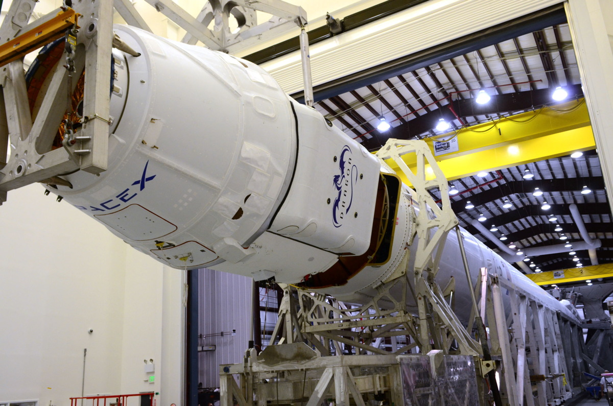 Falcon 9 and Dragon Mated