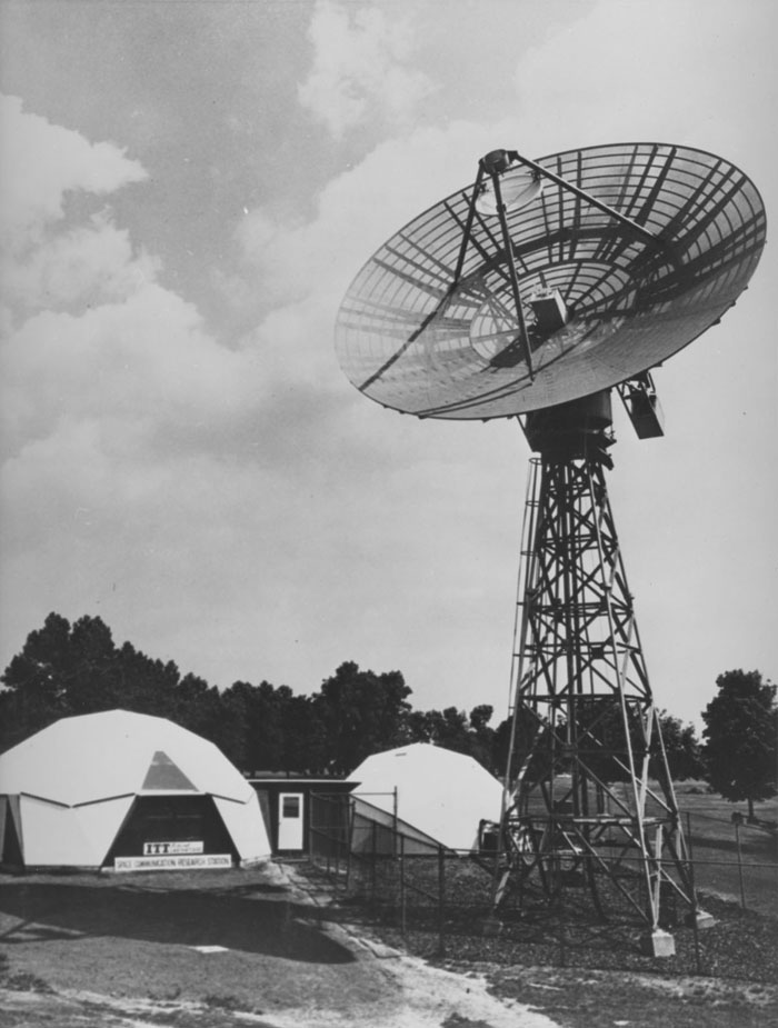 Space History Photo: Project Relay Antenna