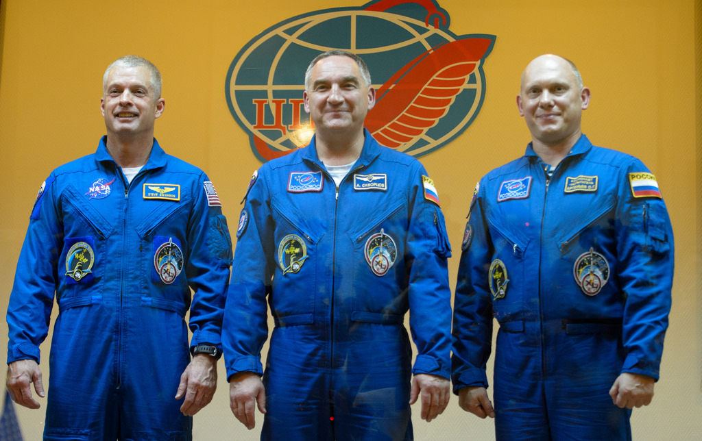 Expedition 39 Press Conference (Standing)