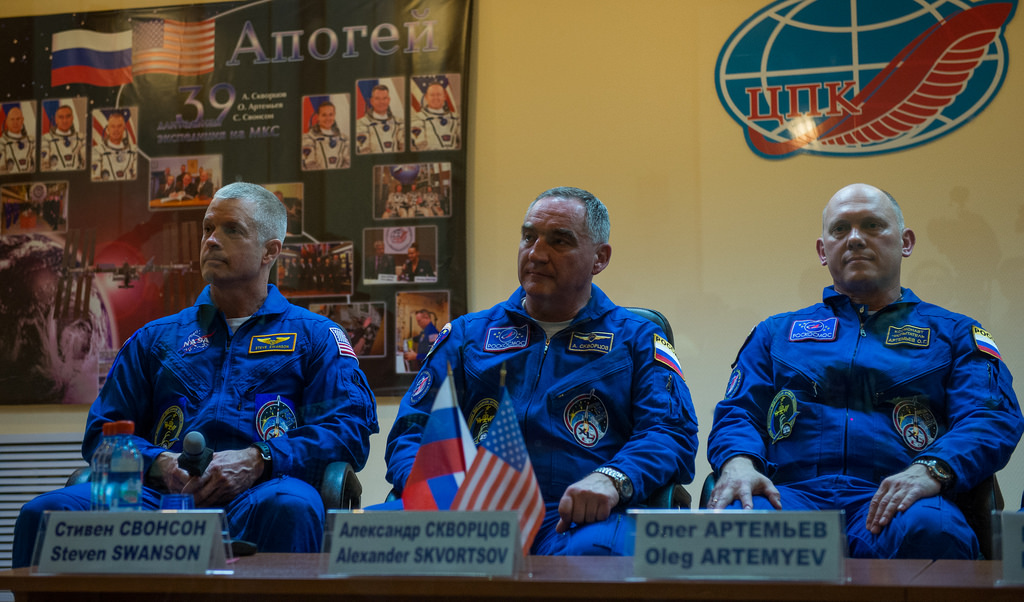 Expedition 39 Press Conference (Seated)