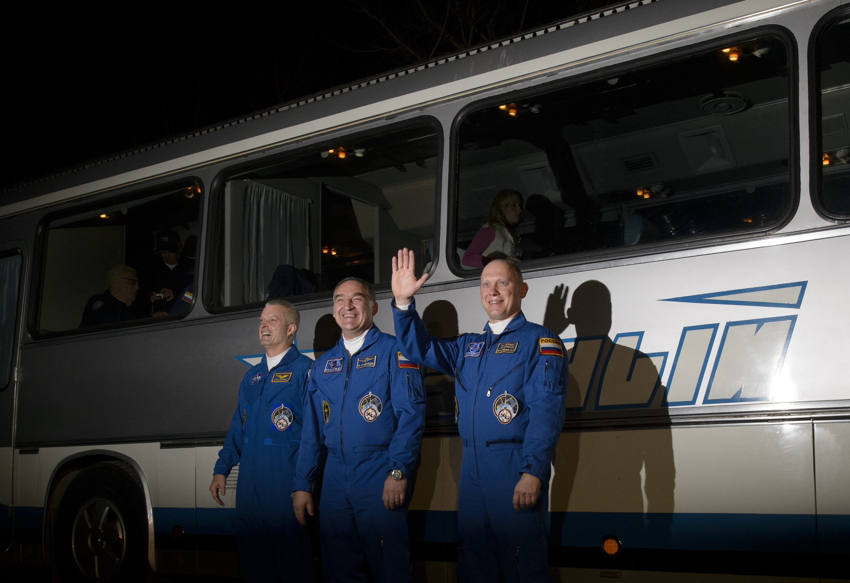 Expedition 39 Crew Walkout