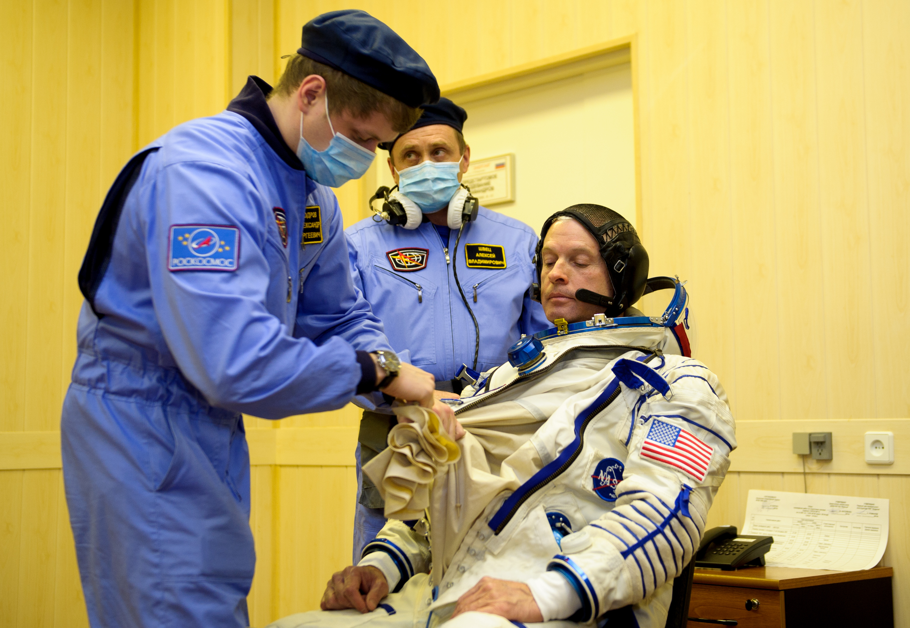 Expedition 39 Sokol Suit Prep