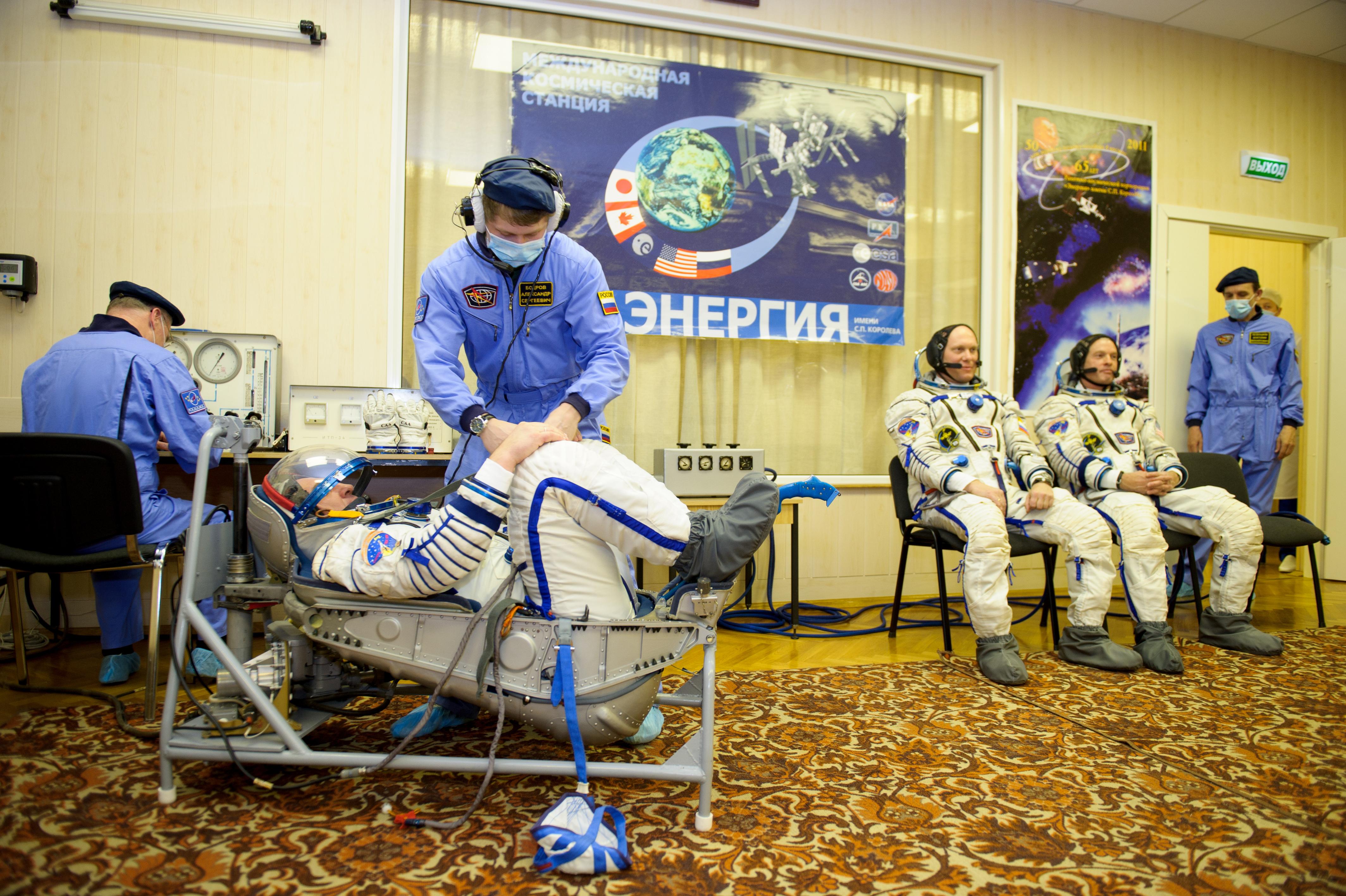 Alexander Skvortsov Sokol Suit Pressure Check