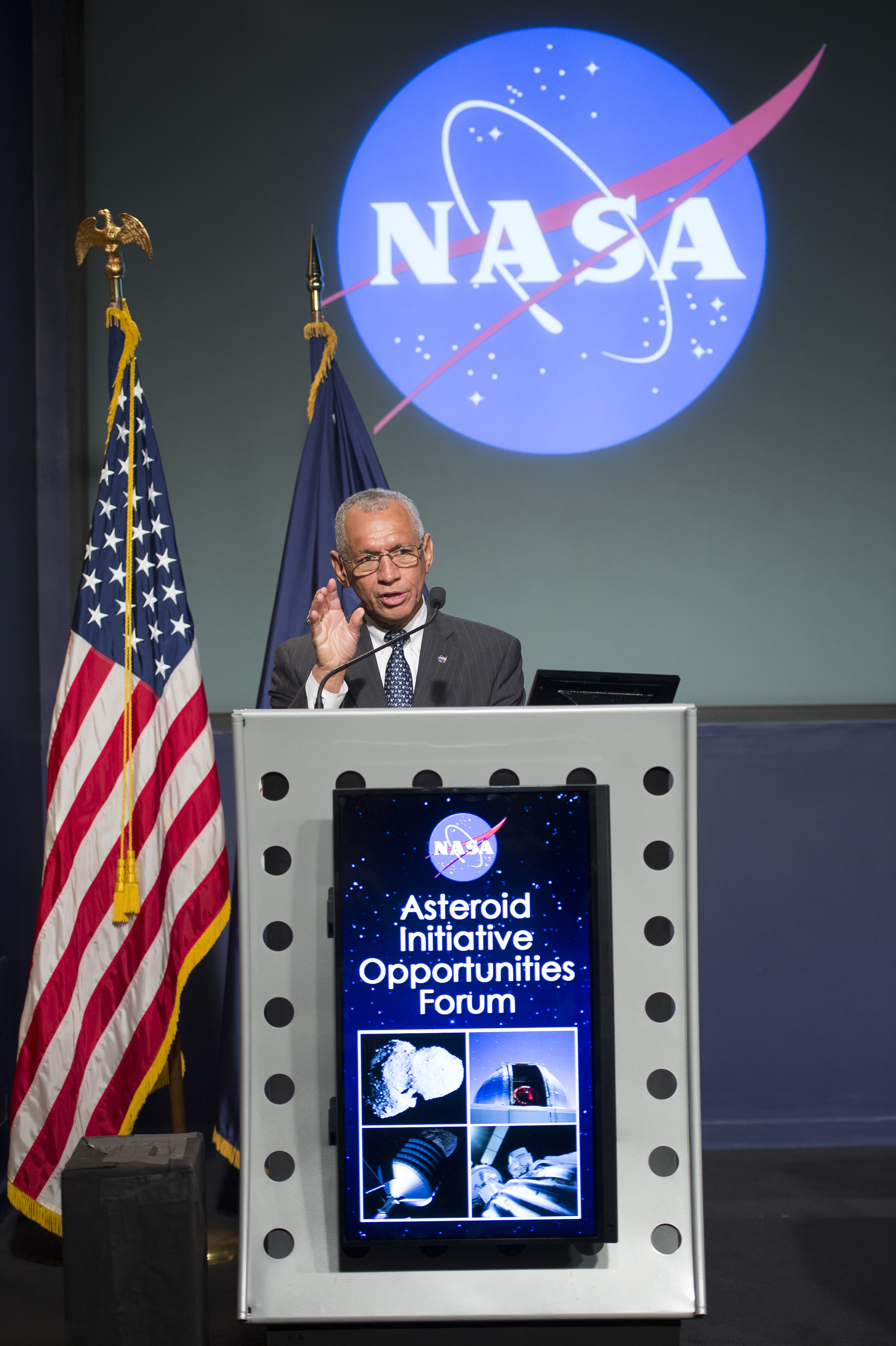 Charles Bolden Speaks at Asteroid Initiative Forum