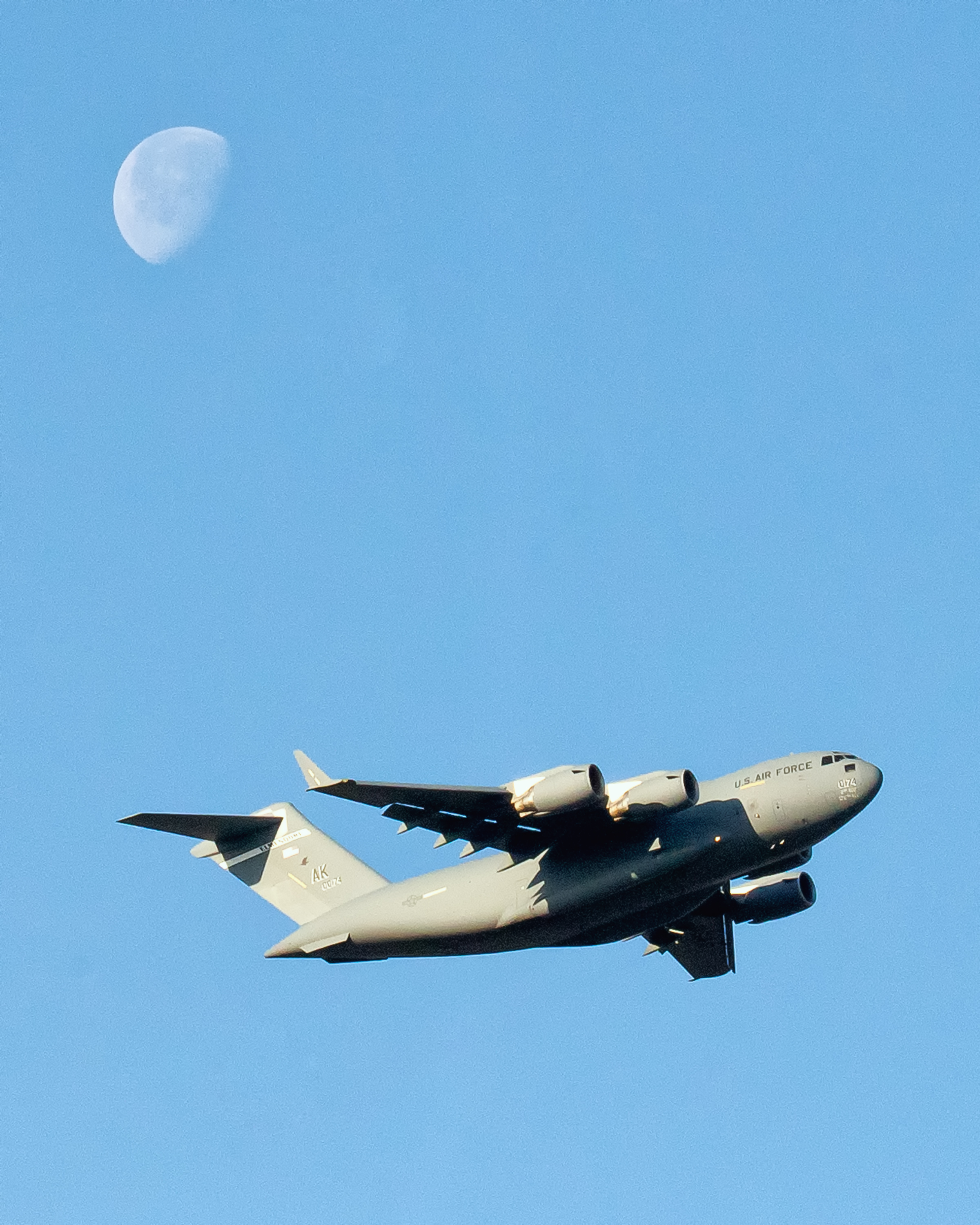 Moon and Machine: US Air Force C-17 Jet Creates Lunar Scene Over Japan