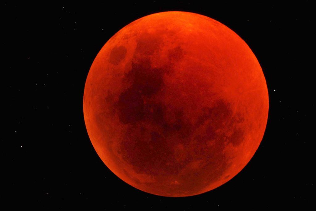 Total Lunar Eclipse of June 2011