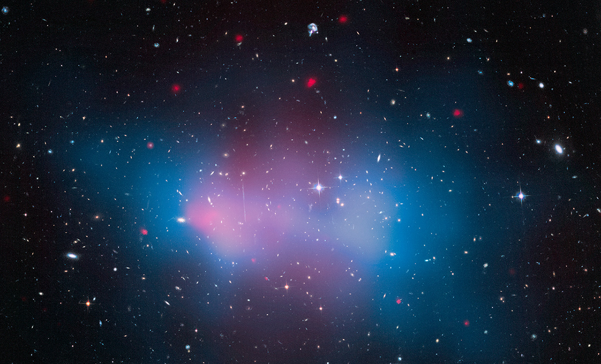 Galaxy Cluster 'El Gordo' with Mass Map and X-ray