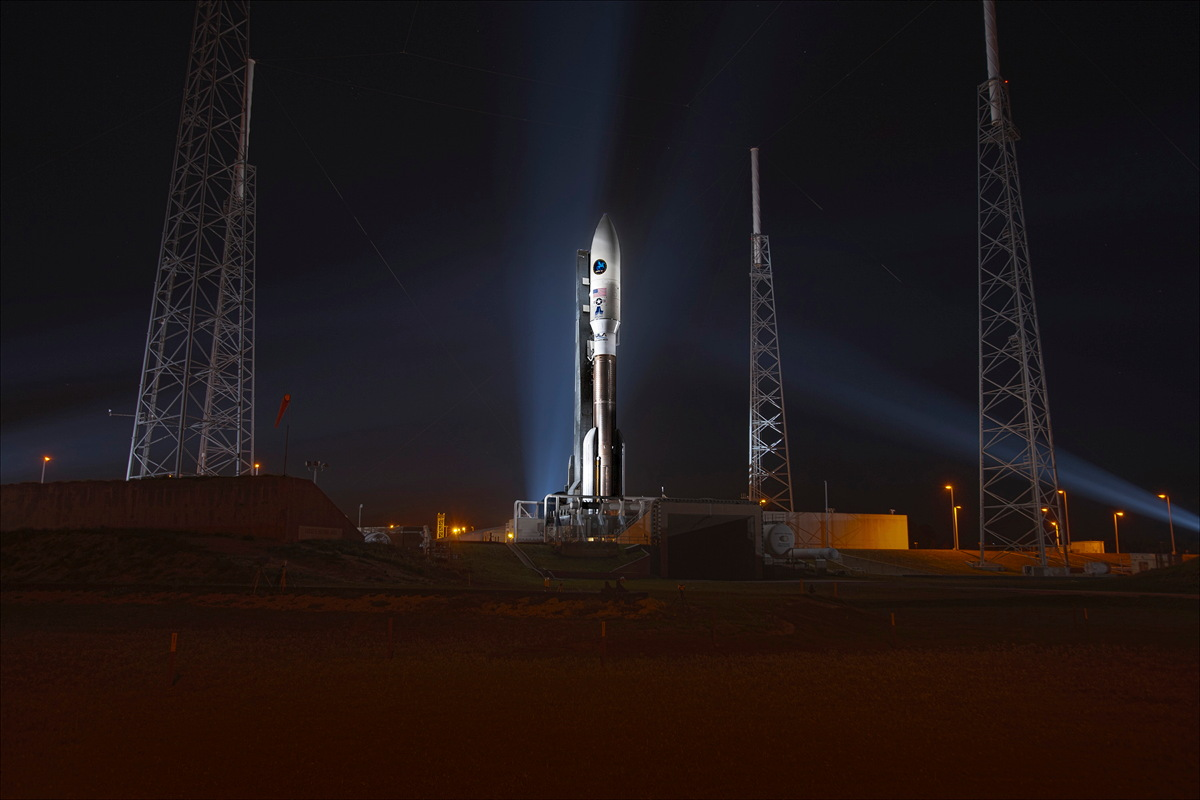 Classified US Spy Satellite to Launch Today @ 1:45 pm ET