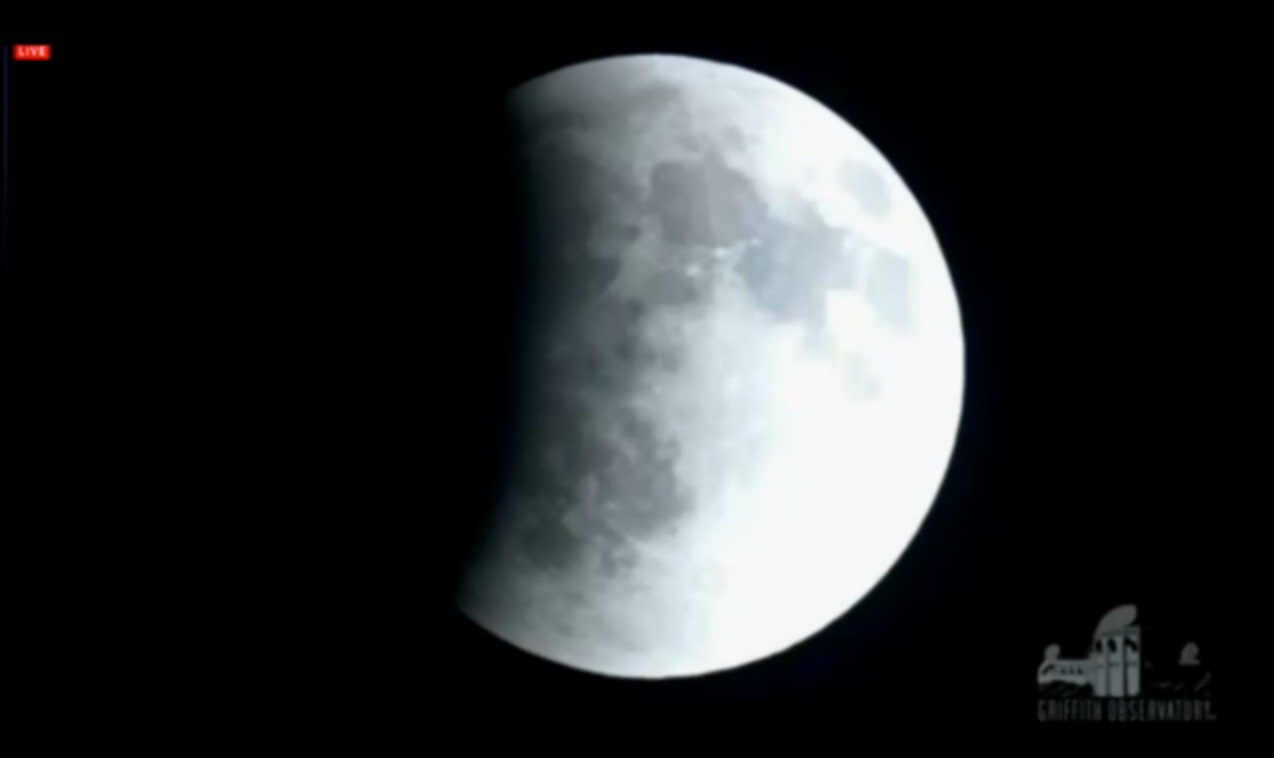 April 2014 Total Lunar Eclipse Begins: Griffith Observatory