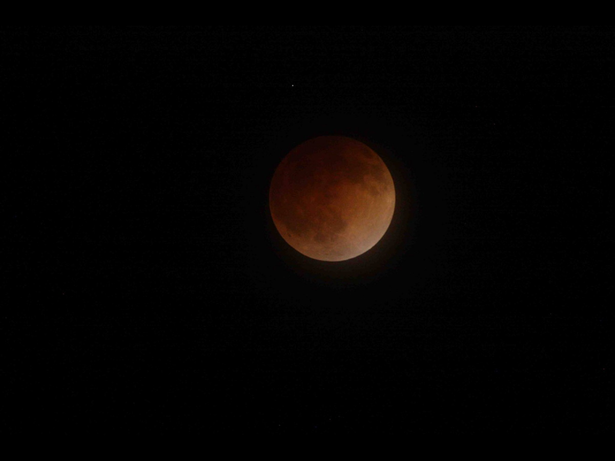 Lunar Eclipse of April 15, 2014, Over San Jose, California