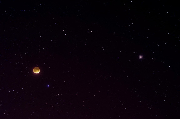 Astrophotographer Jake Gillespie sent in an image of the total lunar eclipse and Mars taken from Tucson, Arizona, on April 15, 2014.