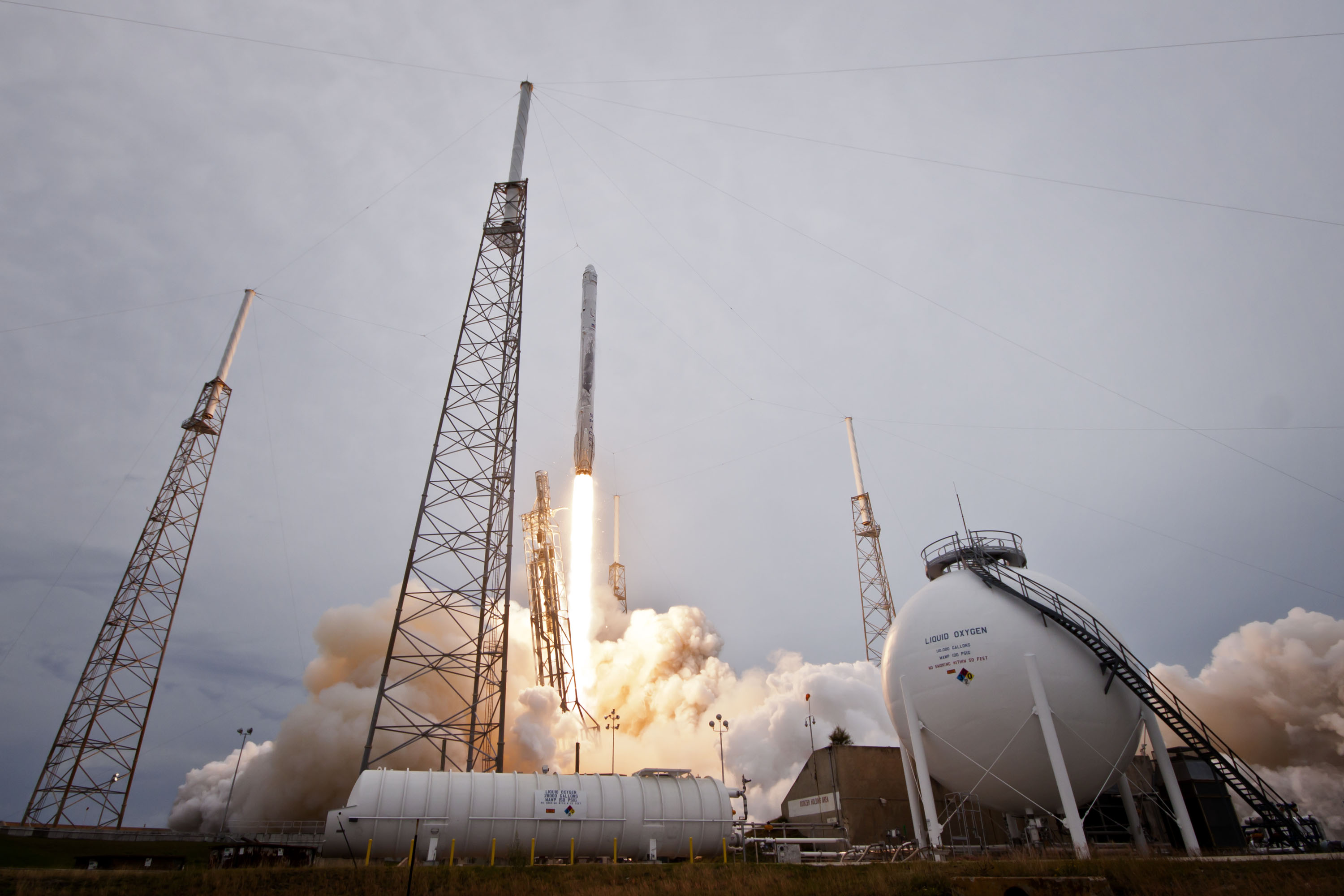 SpaceX Launches 3rd Dragon Delivery Mission