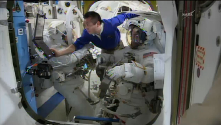 Spacewalkers Prepare for ISS Repair