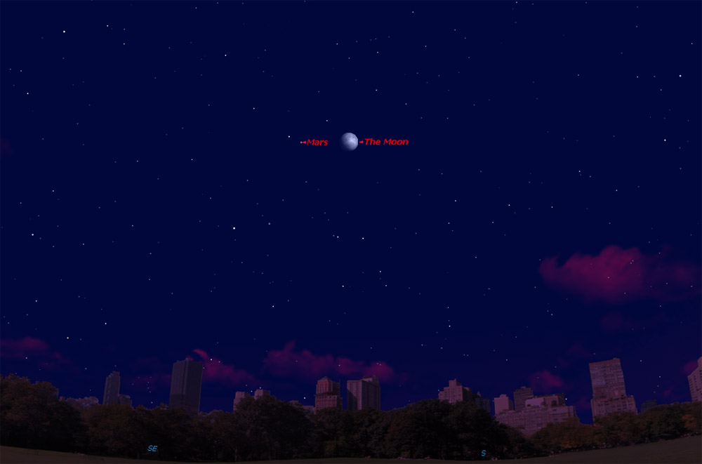 Moon Visits a Fading Mars in Saturday Night Sky