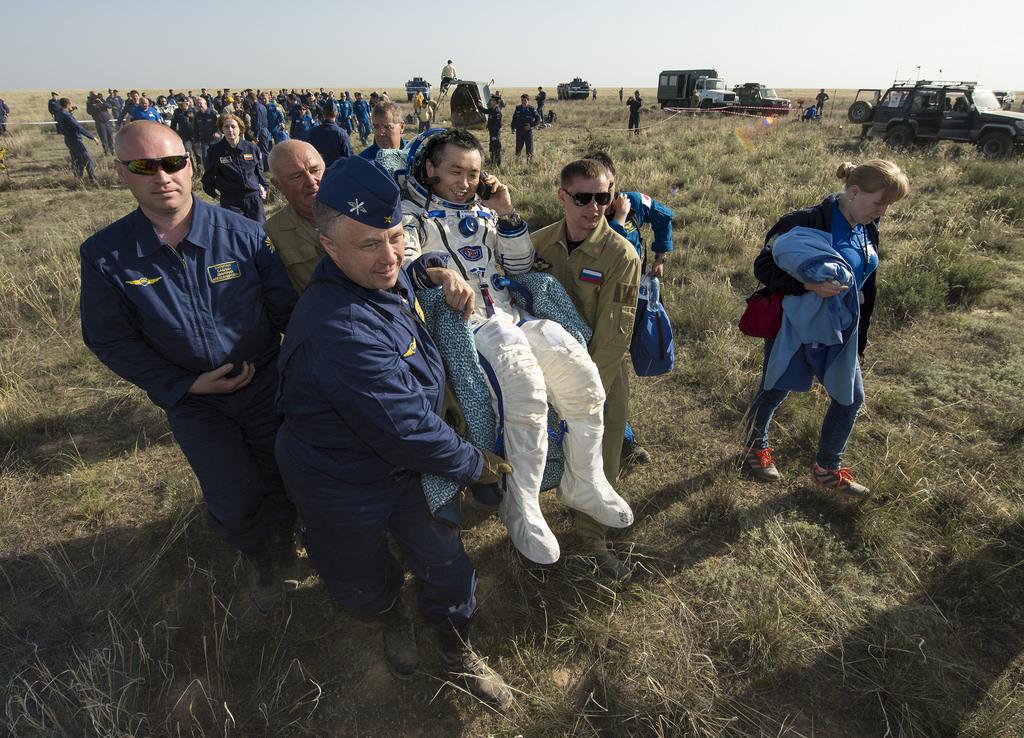 Astronaut Koichi Wakata Returns to Earth
