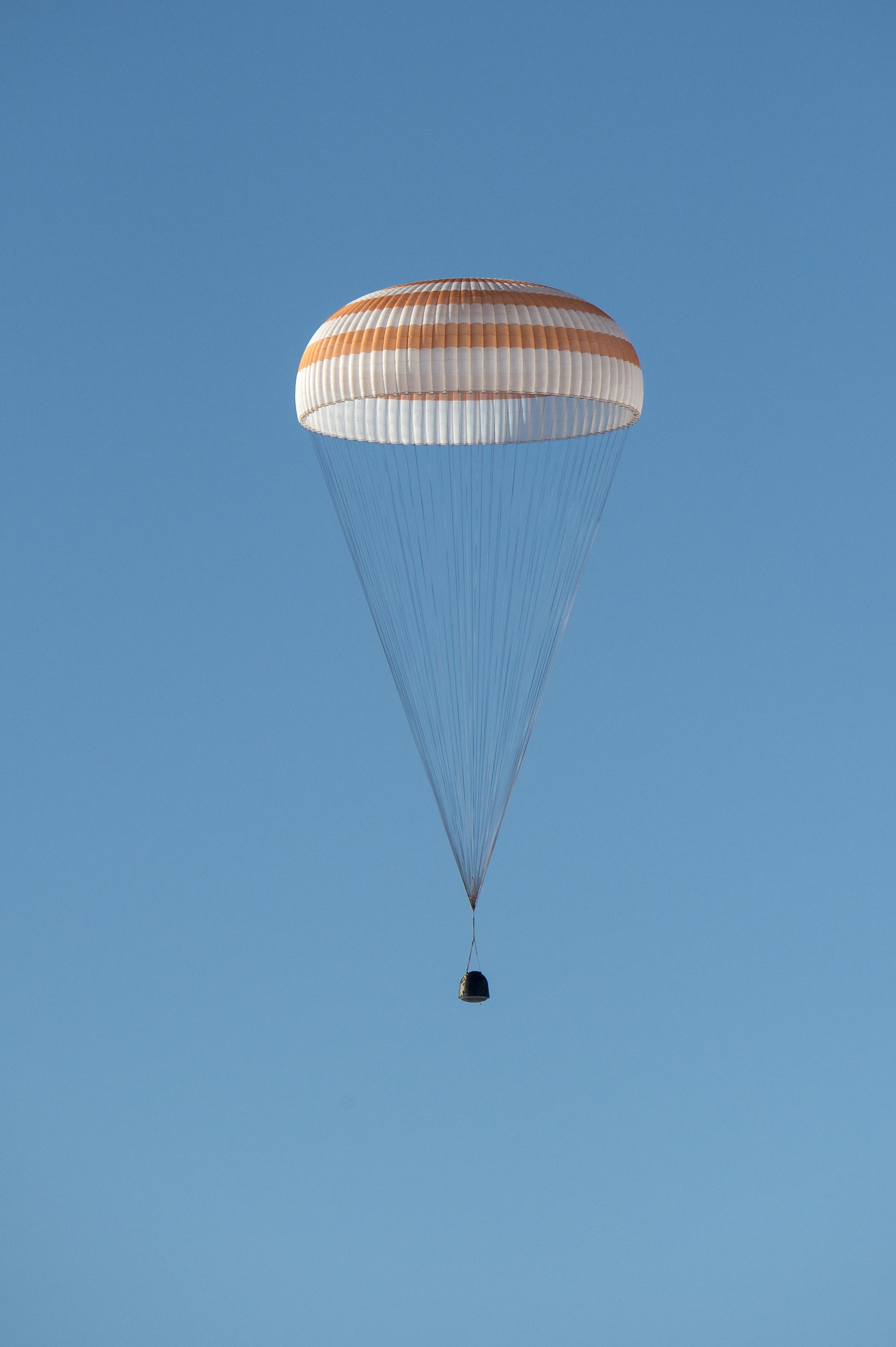 Soyuz TMA-11M Spacecraft Under Parachute