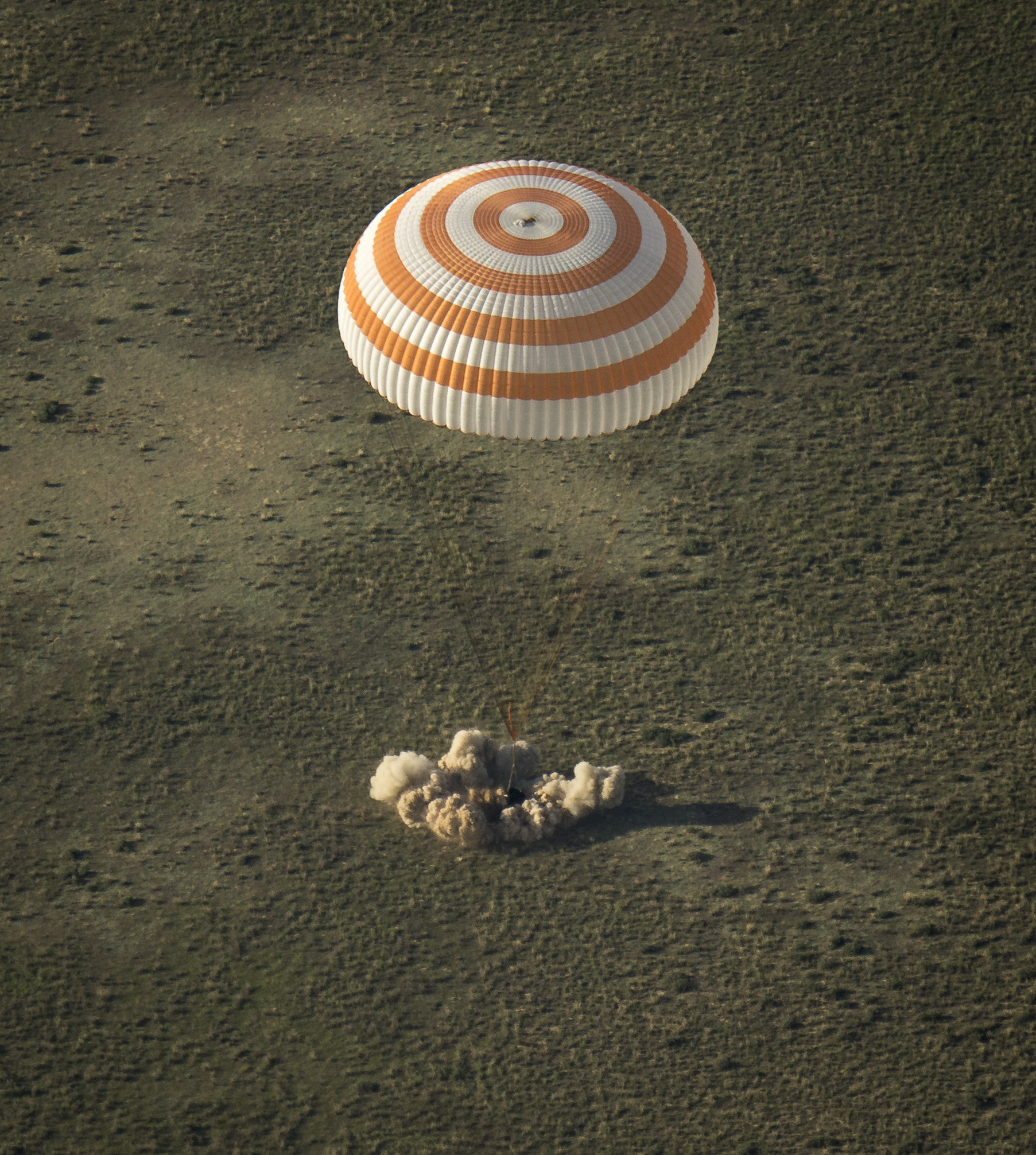 Touchdown! Space Station Crew Returns to Earth