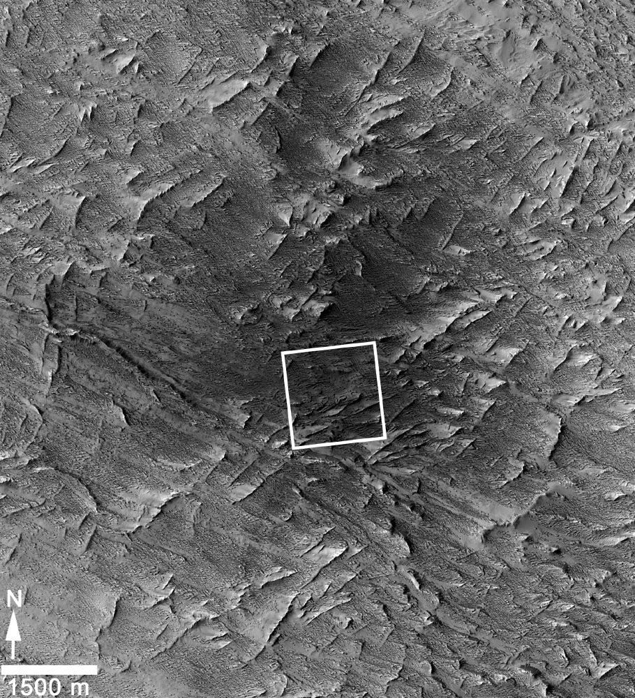 NASA Mars Weathercam Helps Find Big New Crater