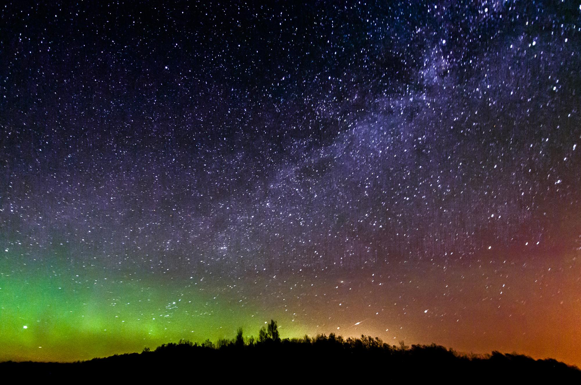 Cosmic Anniversary, Stellar Cannibals & More