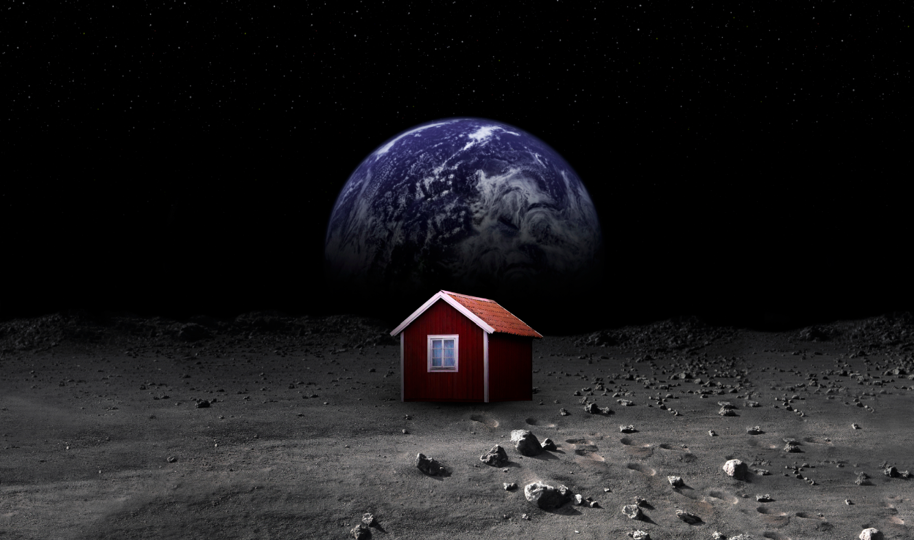 Moonhouse and Earthrise