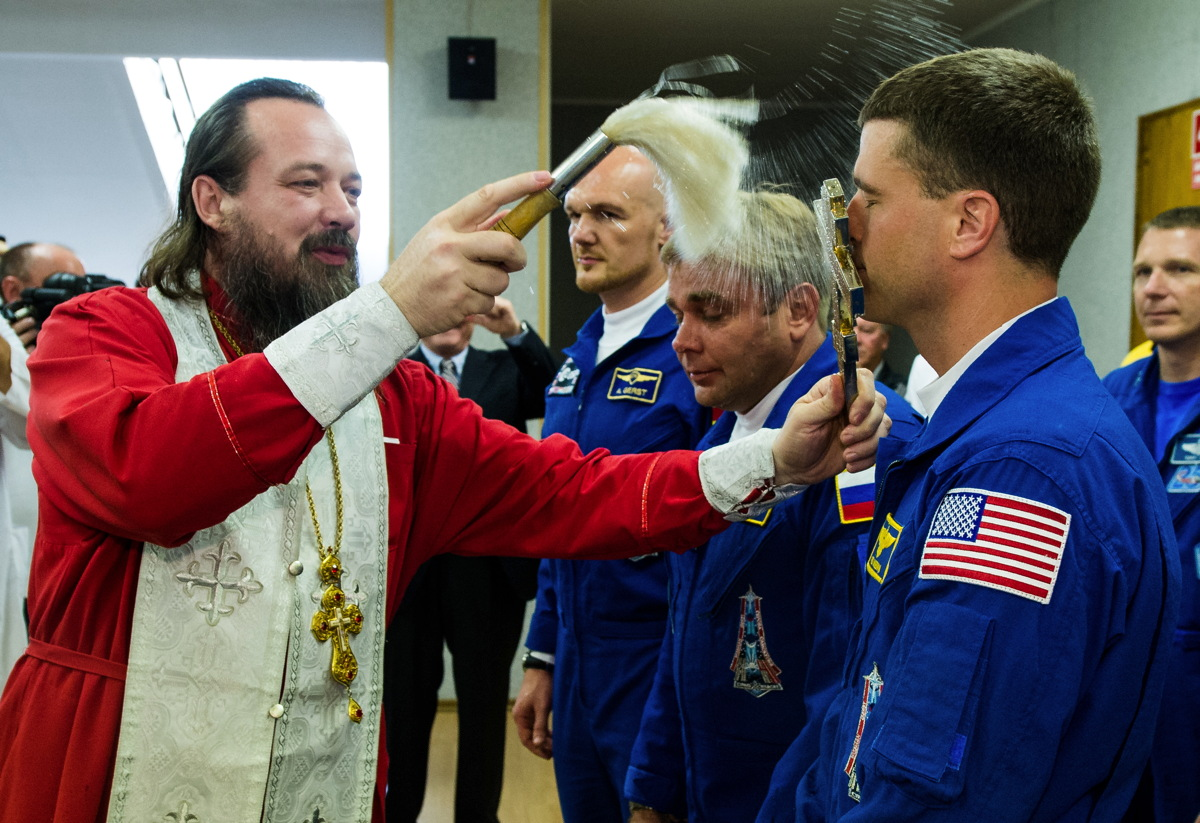 Expedition 40 Preflight Blessing
