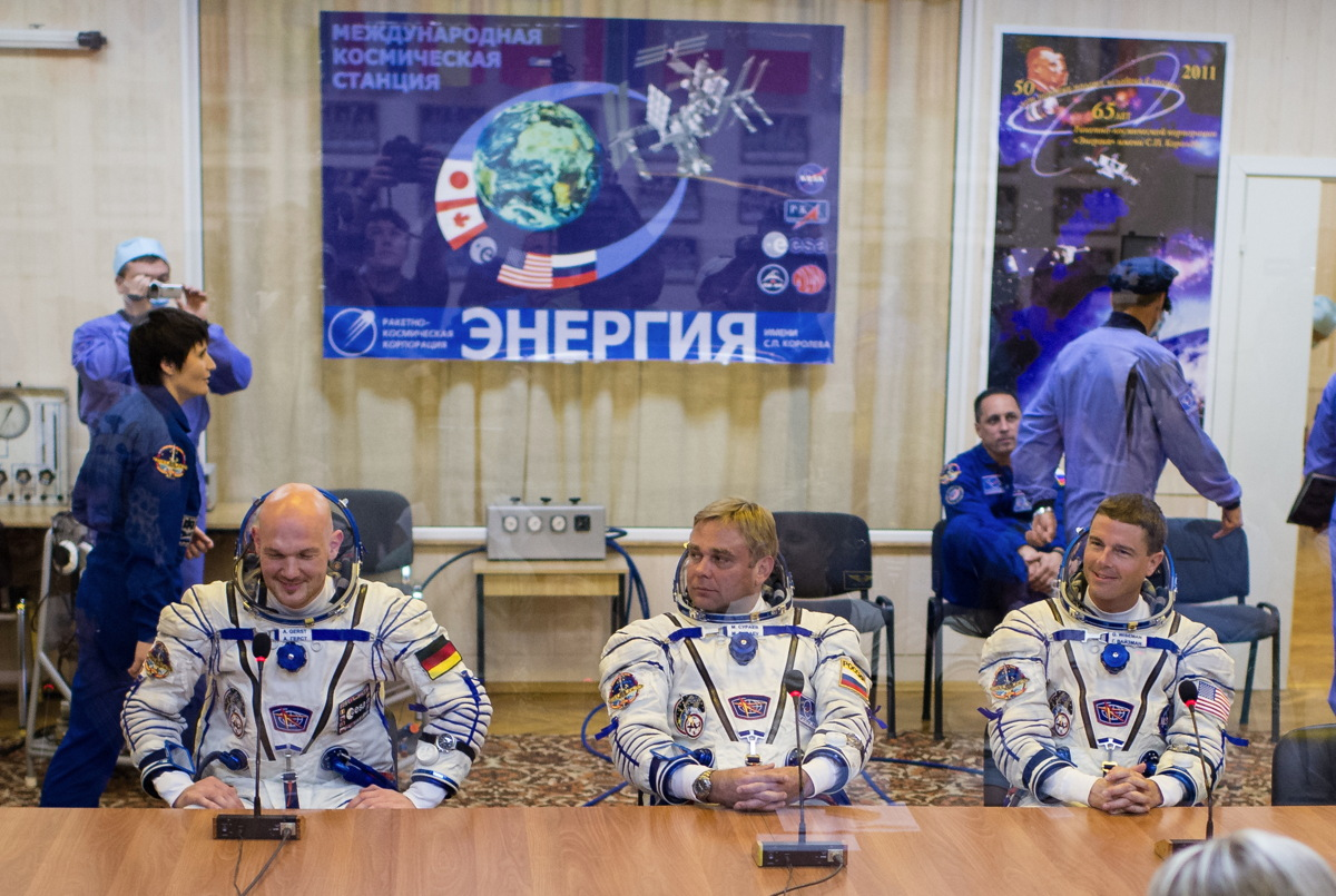 Expedition 40 Preflight Press Conference