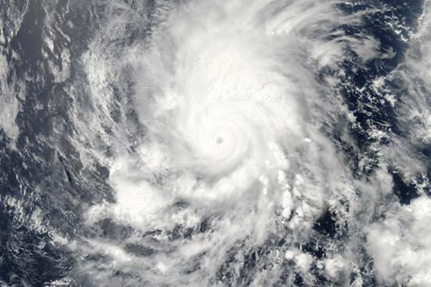Amanda: First Hurricane of 2014 Seen from Space (Photo)