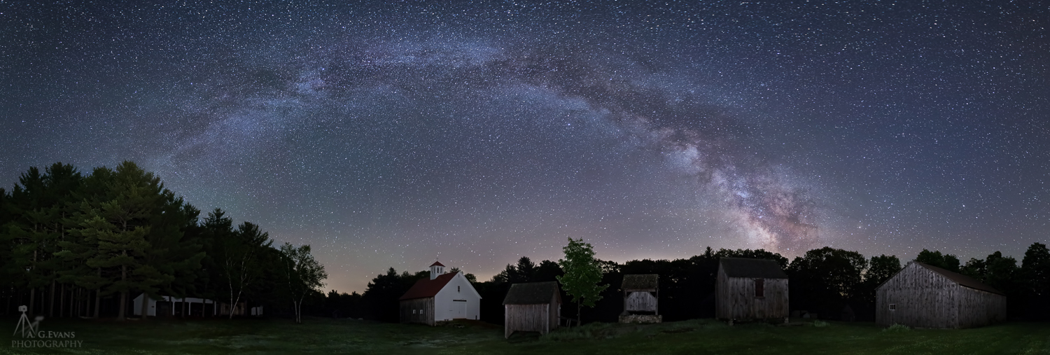 Milky Way Glimmers Over New Hampshire Farm Museum (Photo)