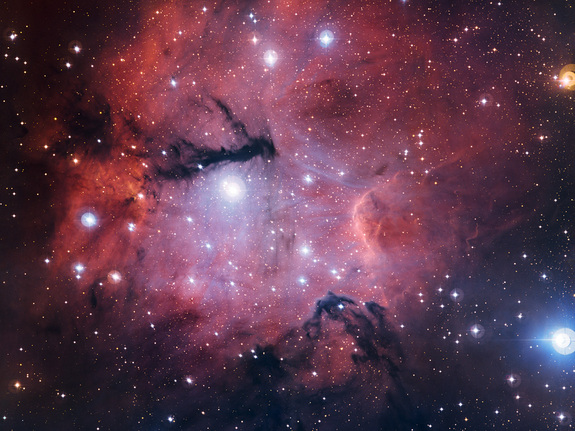 This richly detailed new view from the MPG/ESO 2.2-metre telescope at the La Silla Observatory in Chile shows the star formation region Gum 15.