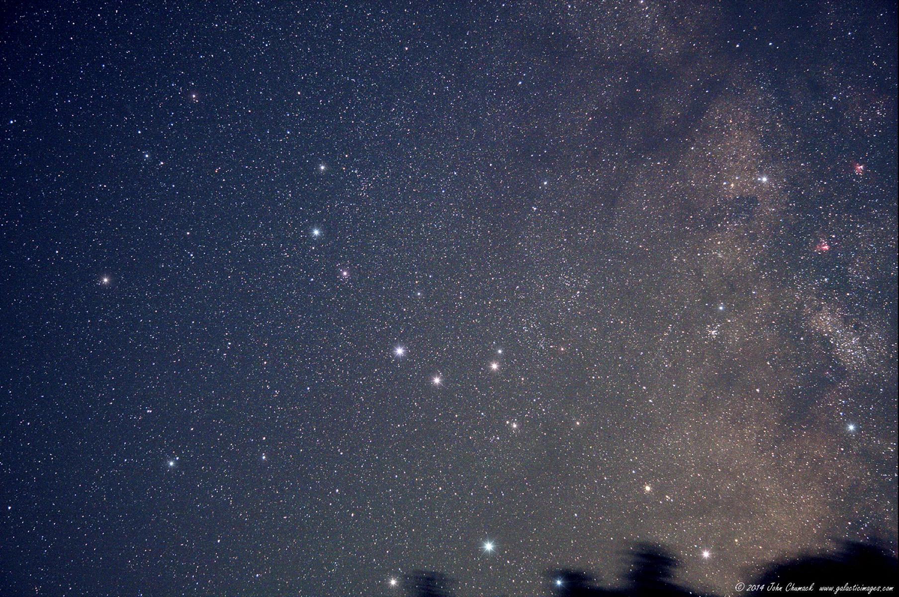 Stargazer Spots Pluto Amid Sagittarius Stars (Photo)