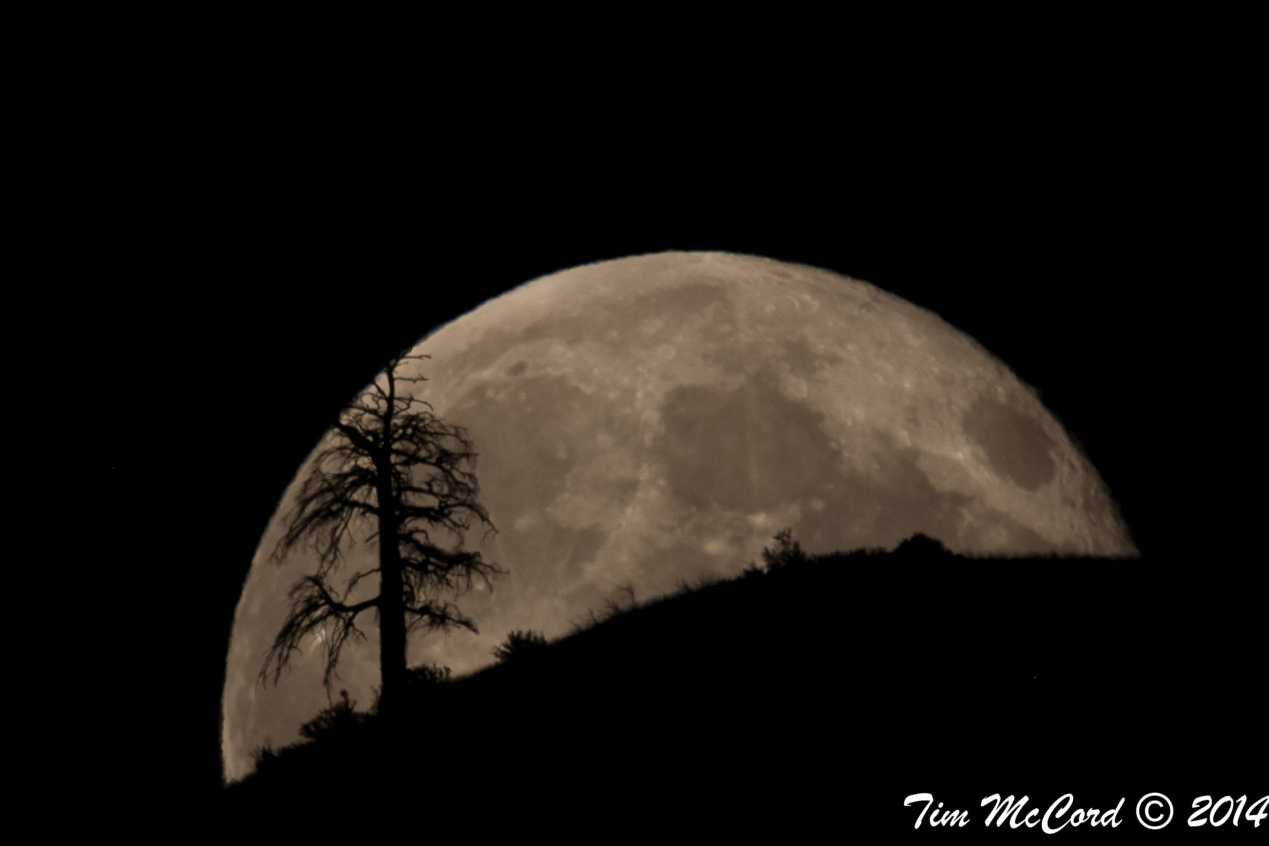 Supermoon Full Moon Over Entiat, Washington