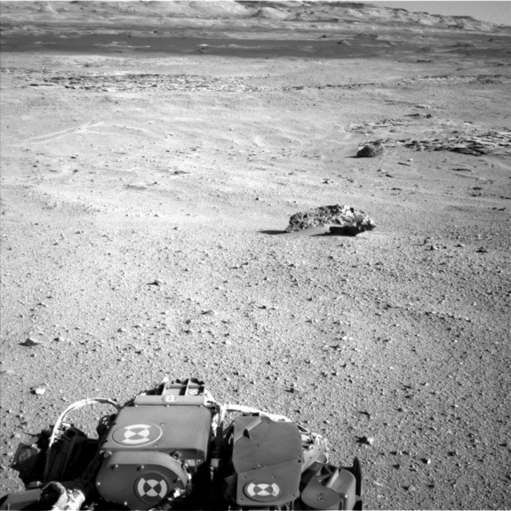 Huge Meteorite on Mars Discovered by NASA's Curiosity Rover