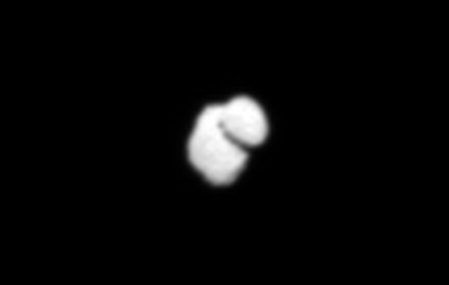 Comet Resembles 'Rubber Ducky' in European Spacecraft Views (Photos, Video)