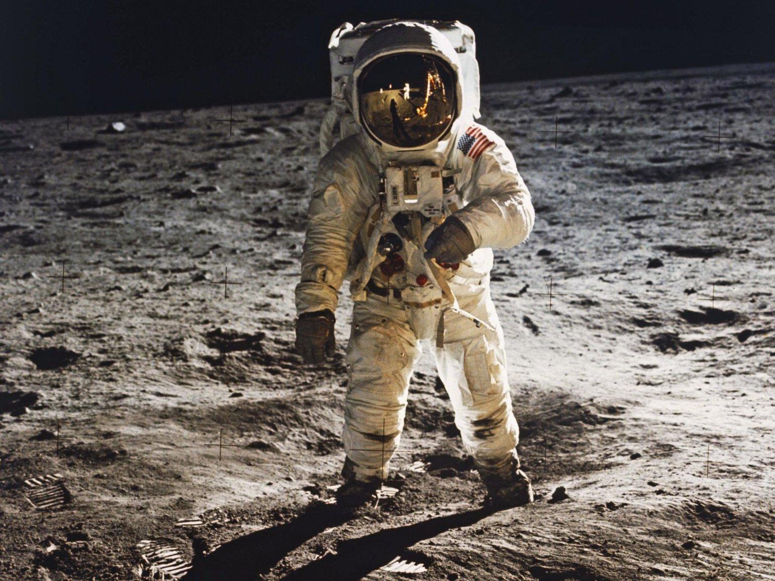 'One Giant Leap': As Apollo 11 Moon Landing Turns 45, NASA Aims for Mars