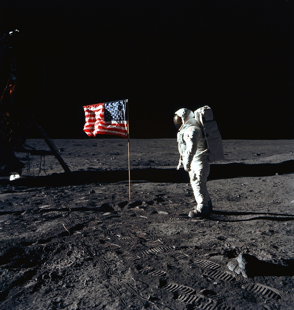 Apollo 11 Remembered, Alien Planet's Size Measured and More