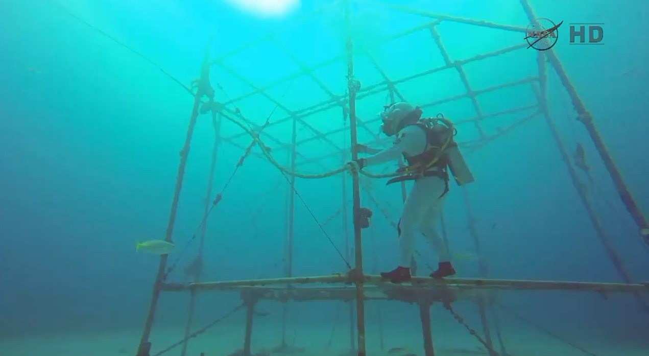 Astronauts Simulate Deep-Space Mission in Underwater Lab