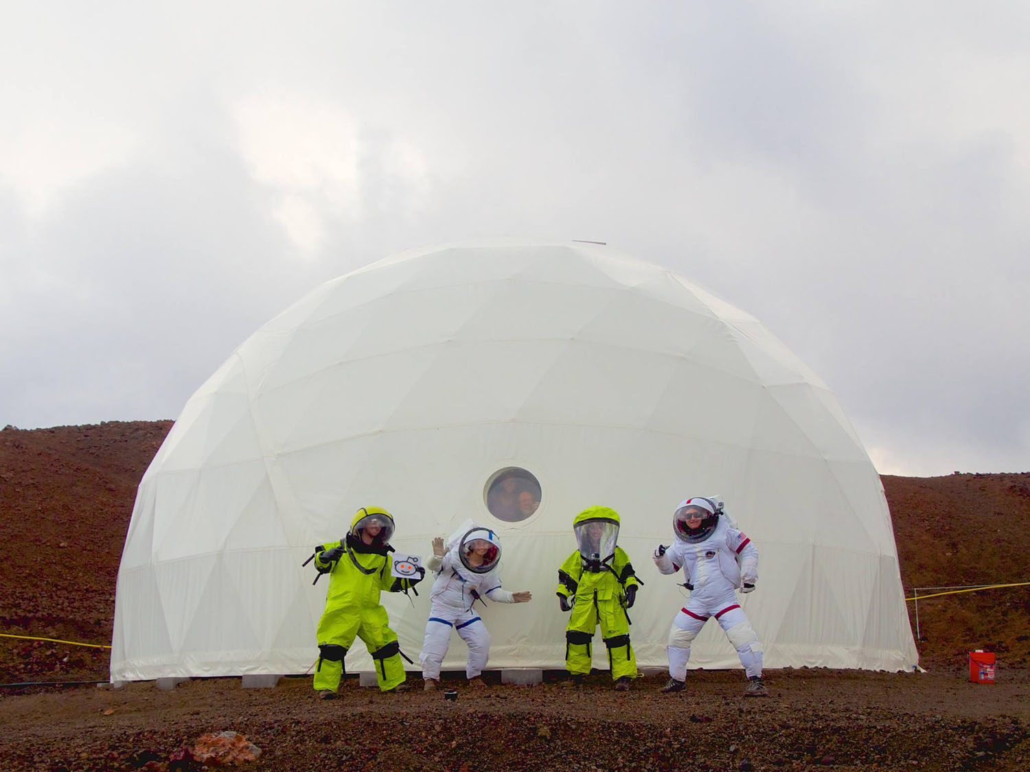 Volunteers Emerge from Mock Mars Base in Hawaii