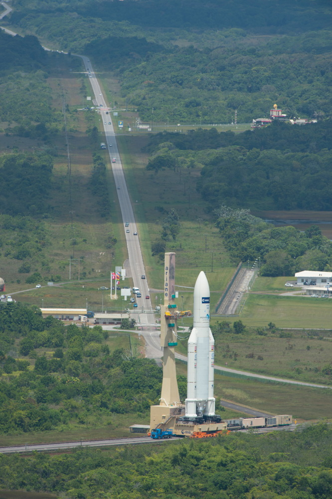 Transfer of Ariane 5 Flight VA219 to the Launch Pad