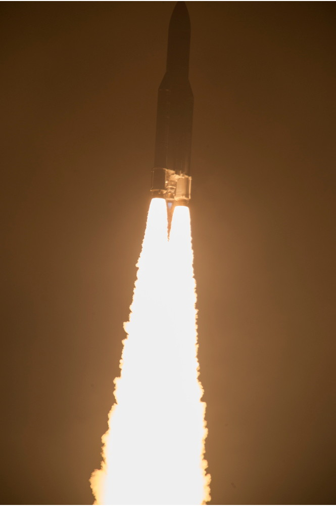 Ariane 5 Engines Blazing