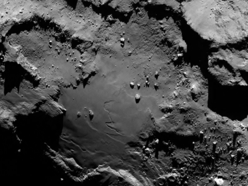 First Comet Close-Ups from Rosetta Spacecraft Reveal a 'Scientific Disneyland' (Photos)