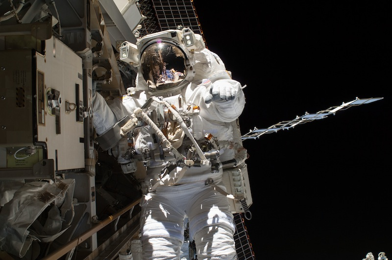 NASA Postpones US Spacewalks from Space Station Over Battery Issue