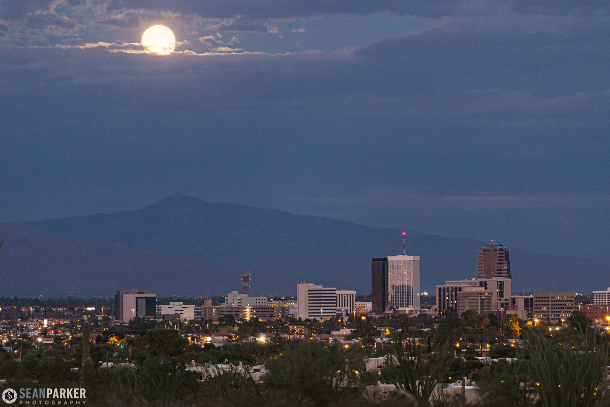 August 2014 Supermoon Over Tucson, Arizona