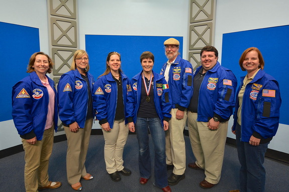 Members of the Space Camp Hall of Fame welcome European Space Agency (ESA) astronaut Samantha Cristoforetti into their ranks. From left to right: Liz Warren (2012), Andrea Hanson (2010), Amanda Stubblefield (2007), Samantha, Jim Allan and Robert Pearlman (2009) and Valerie Meyers (2011).