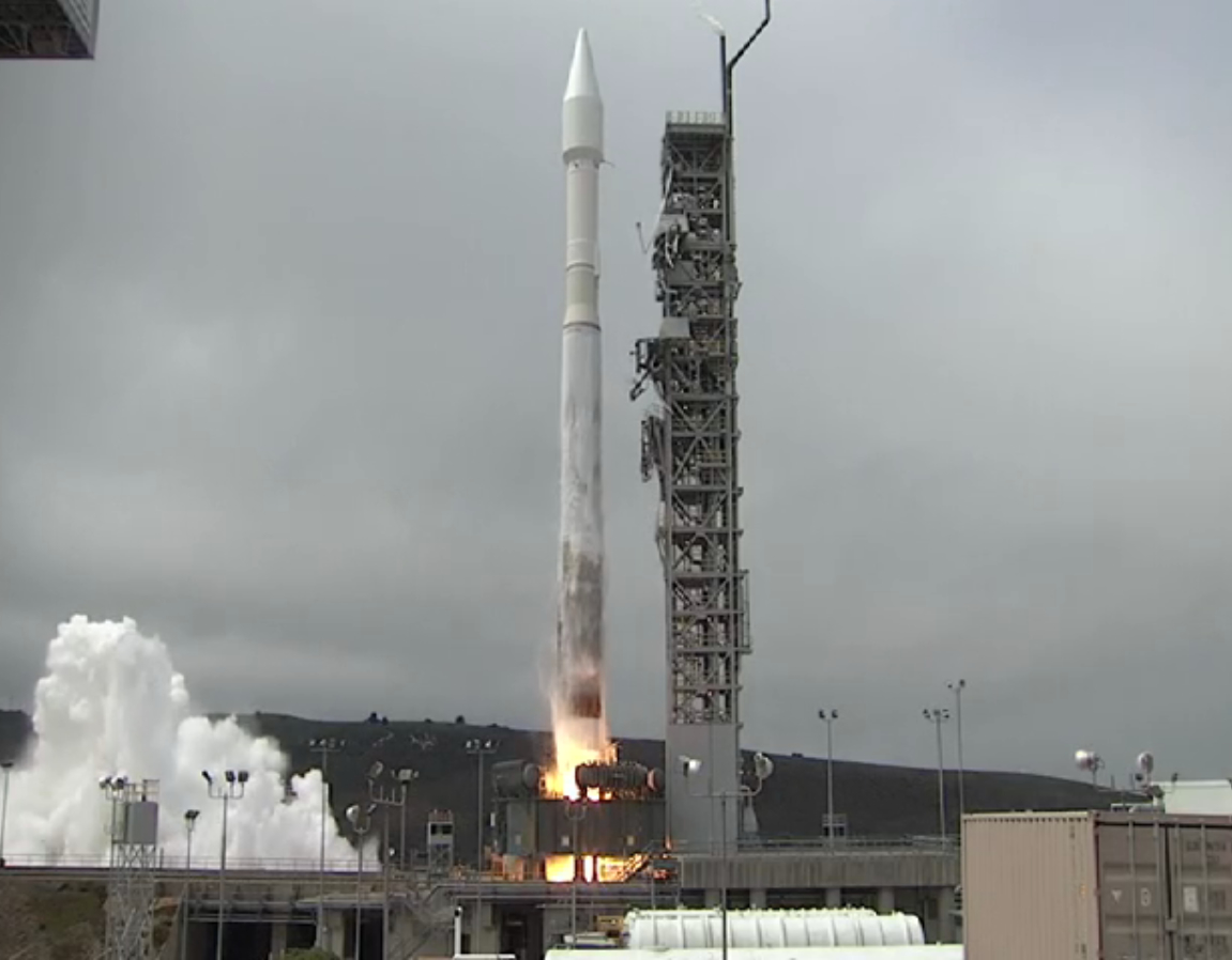WorldView-3 Satellite Blasts Off