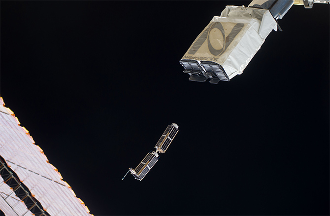 Space Station's Cubesat Launcher Has Mind of Its Own