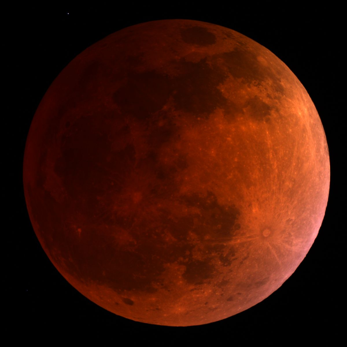 Total Lunar Eclipse Next Week Will Turn the Moon Blood Red ...