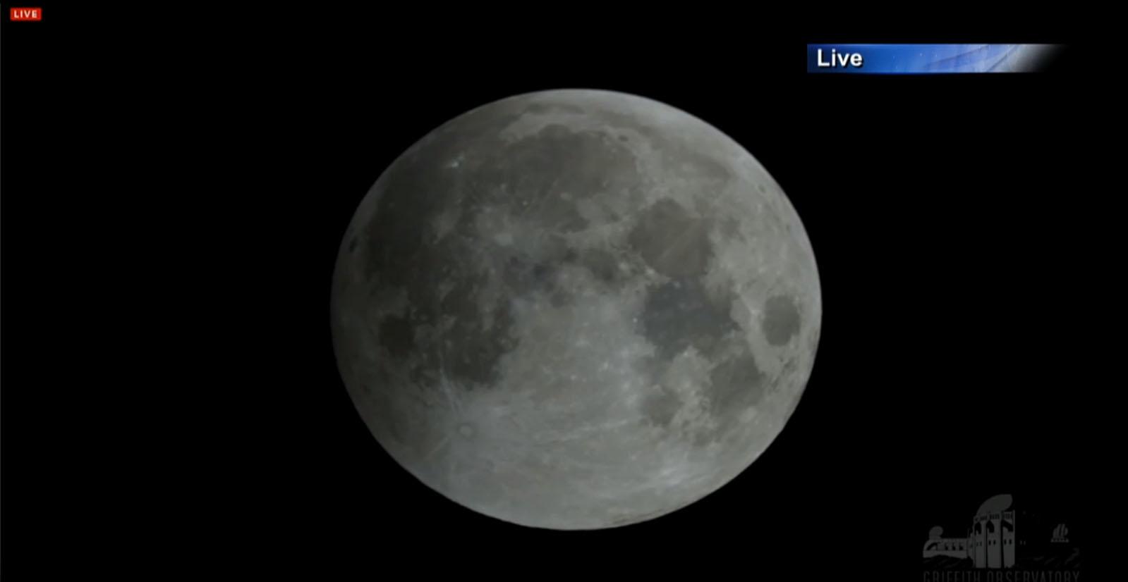 Total Lunar Eclipse of Oct. 8, 2014 Begins